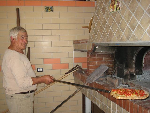 šéfkuchař a pizza