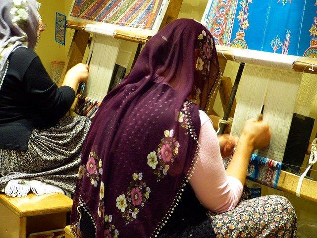 Ručně tkané perské koberce, okouzlí a vydrží