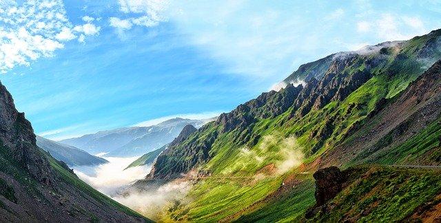 mlha v horách