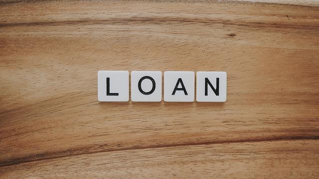 """nápis """"loan"""""""