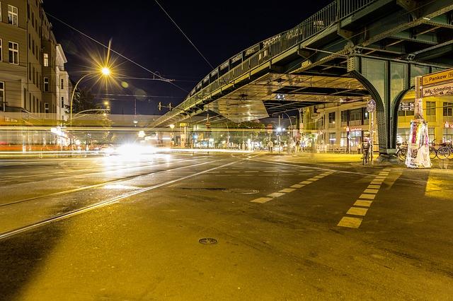 večerní provoz v Berlíně