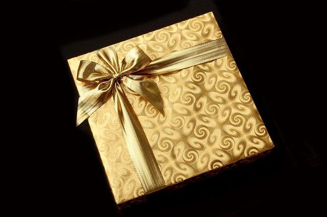 zlatý dárek.jpg