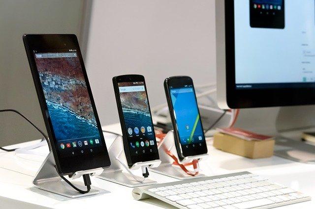 smartphony a počítač.jpg